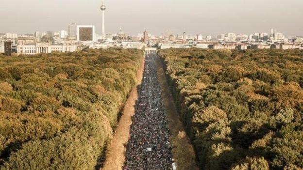 تظاهرات گسترده در برلین علیه تبعیض نژاد و راست گرایی افراطی