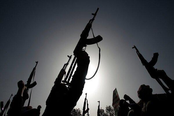 دهها کشته و زخمی در حمله نیروهای یمنی علیه مواضع متجاوزان سعودی