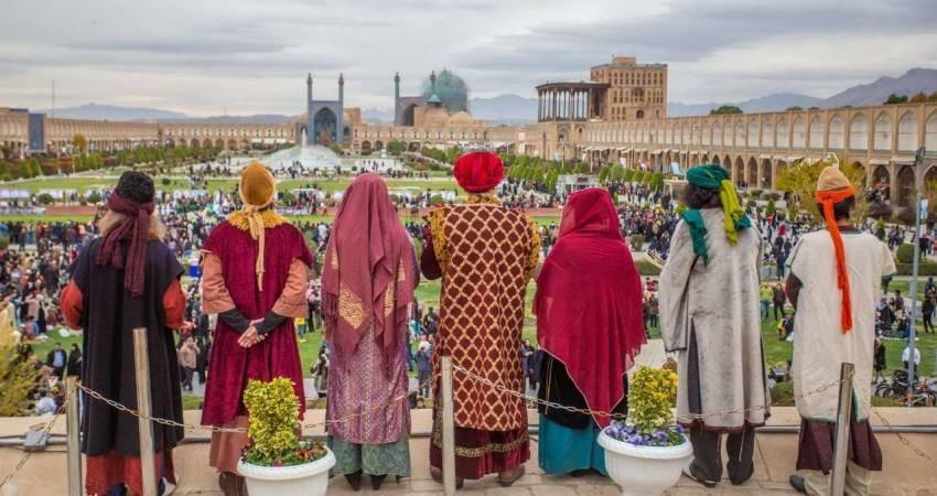 نگاه مثبت گردشگران خارجی به ایران