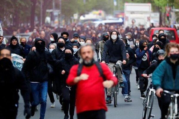 اعتراضات ضد دولتی در آلمان به خشونت کشیده شد