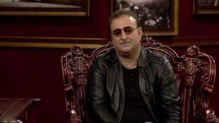 مهران احمدی بازیگر پایتخت، مهمانِ دورهمی می گردد
