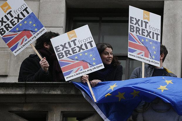 انگلیس در هشداری اتحادیه اروپا را به افشاگری تهدید کرد