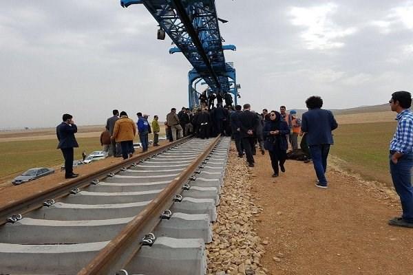 افتتاح 105 پروژه راه آهن به ارزش 1445 میلیون تومان در دهه فجر