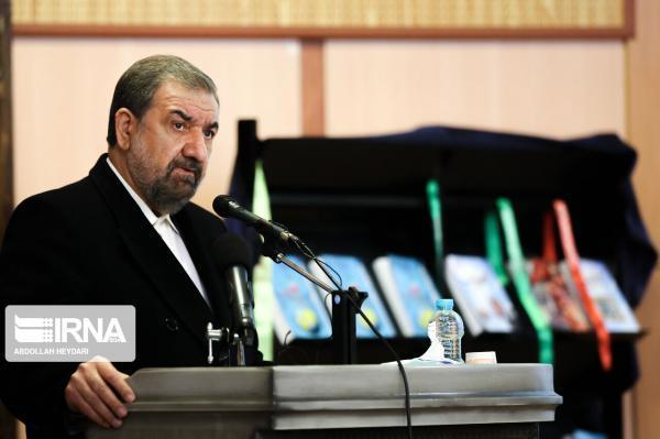 خبرنگاران دبیر مجمع تشخیص مصلحت نظام: علت حاشیه نشینی نبود نگاه راهبردی است