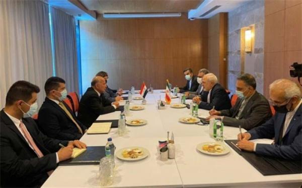 ظریف بر آمادگی ایران جهت توسعه همکاری های مالی با عراق تاکید نمود